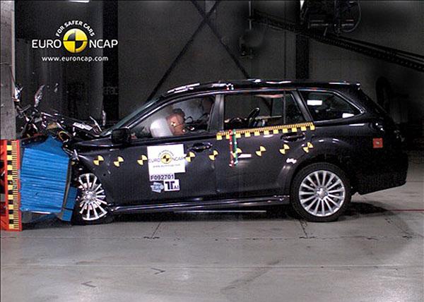Subaru Legacy оценили эксперты