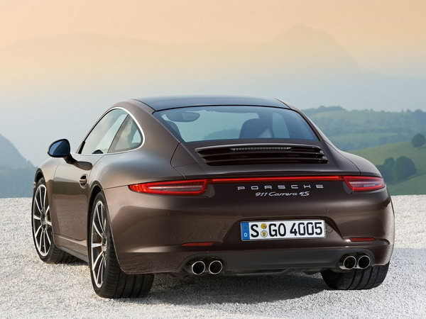 Porsche 911 Carrera 4 and 4S: первые фото 4WD Фото: Carscoop