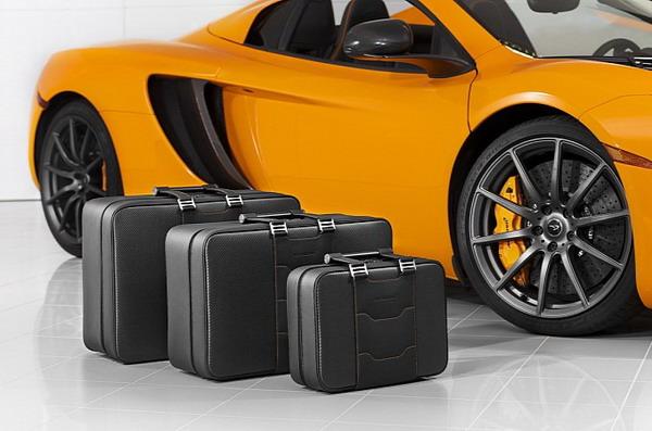 McLaren предлагает фирменные чемоданы владельцам МР4-12С