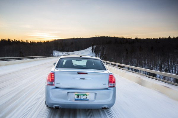 2013 Chrysler 300 Glacier Edition