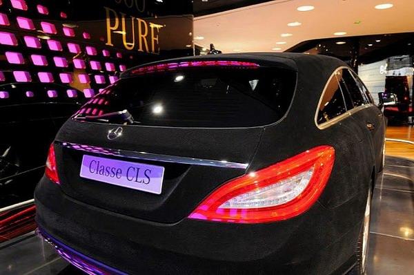 Новая тенденция заворачивать машины в бархат Фото: Autoevolution.com