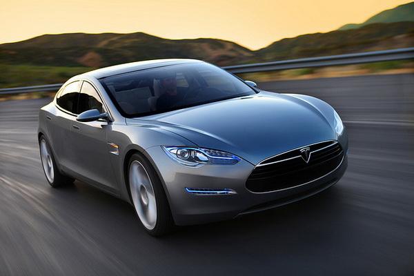 Tesla Model E ожидается уже в январе 2015 года