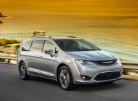 Chrysler Pacifica приедет в Россию ближе к концу года