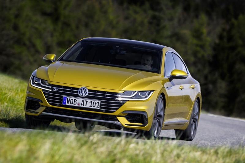 Названы сроки появления VW Arteon на автомобильном рынке РФ