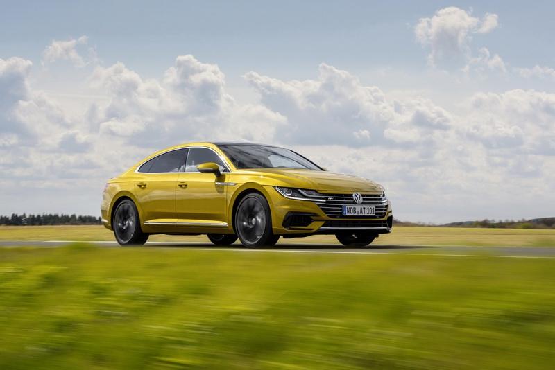 Названы сроки запуска VW Arteon в РФ