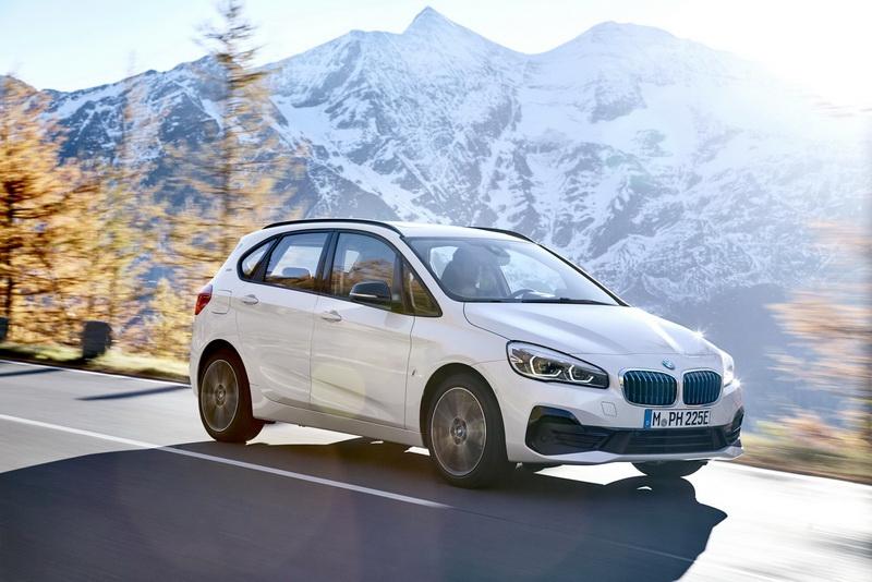 BMW представила обновленный компактвэн 2 Series Active Tourer