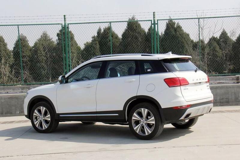 Украинцы стали покупать больше авто