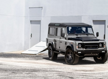 Defender Project Soho получил мотор от Corvette